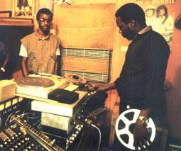 Jamaikako paradisua (musikala).