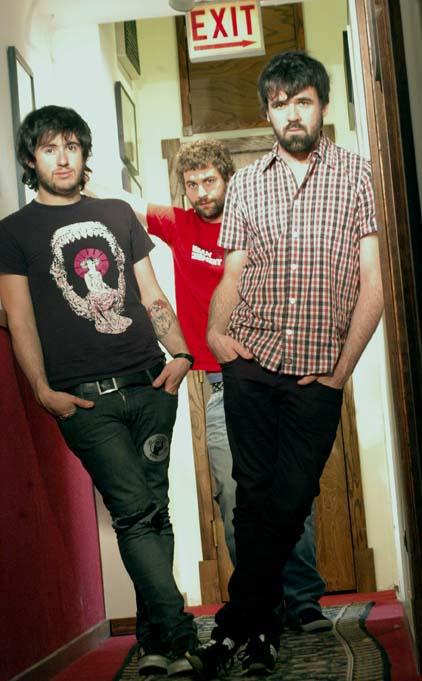 Berri Txarrak trio.