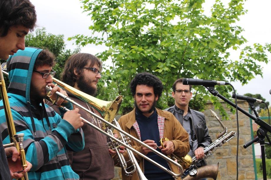 Broken Brothers Brass Band,